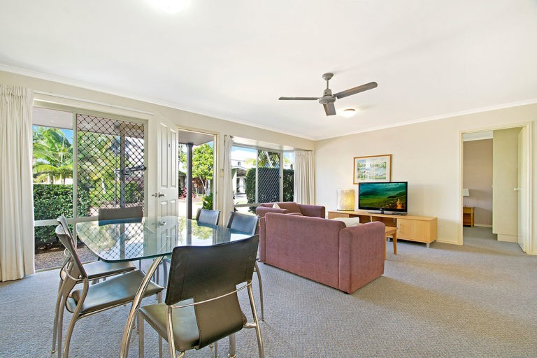 1200-2bed-villas-noosa-accommodation4