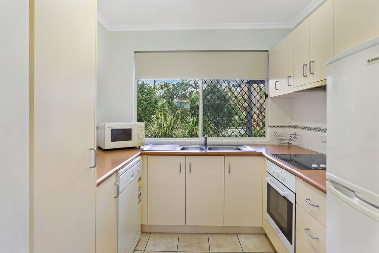 1200-2bed-villas-noosa-accommodation8