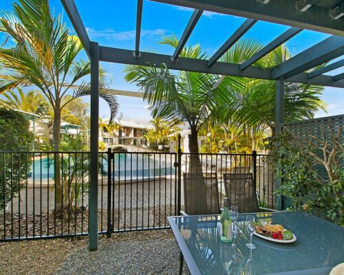 1200-3bed-poolside-noosa-accommodation11