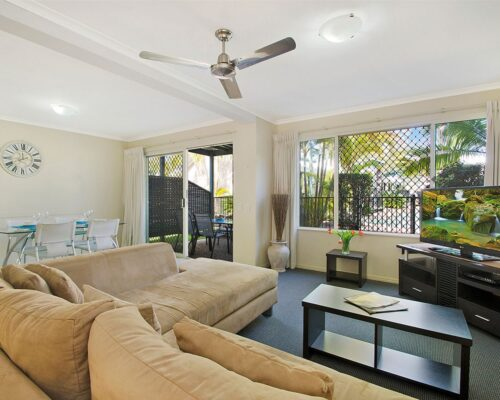 1200-3bed-poolside-noosa-accommodation15