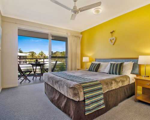 1200-3bed-poolside-noosa-accommodation4
