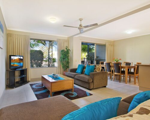 1200-3bed-poolside-noosa-accommodation5