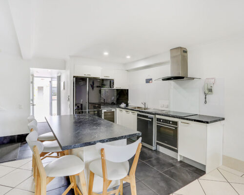 1200-3bed-townhouse-noosa-accommodation9