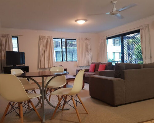 noosa-one-bedroom-townhouse-for-sale-03