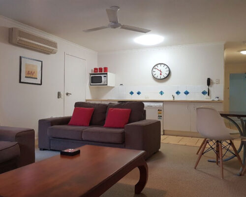 noosa-one-bedroom-townhouse-for-sale-04
