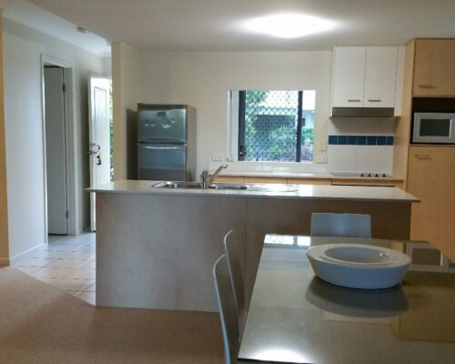 noosa-two-bedroom-apartment-for-sale-01