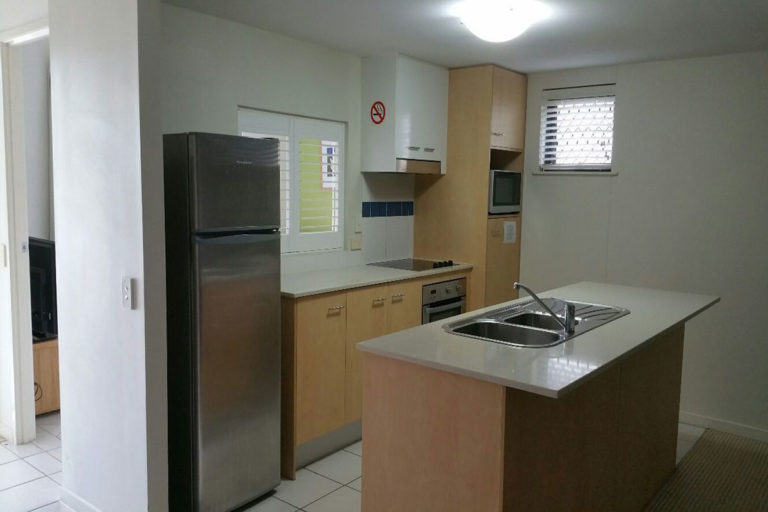 noosa-two-bedroom-apartment-for-sale-07