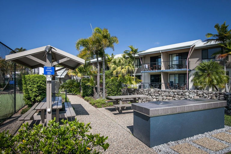 noosa_one_bedroom_villa_style_apartment_for_sale_06