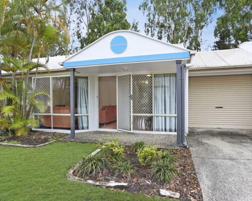 noosa_two_bedroom_villa_fully_furnished_for_sale_01