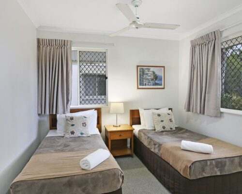 noosa_two_bedroom_villa_fully_furnished_for_sale_04